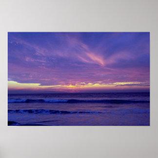 Puesta del sol hermosa: Playa de la misión, San Di Posters