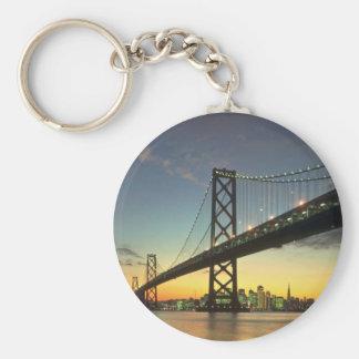 Puesta del sol hermosa: Puente de la bahía, San Fr Llavero Redondo Tipo Pin