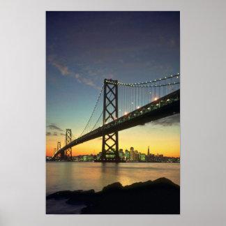 Puesta del sol hermosa Puente de la bahía San Fr Posters