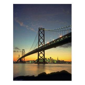 Puesta del sol hermosa: Puente de la bahía, San Fr Tarjetas Postales