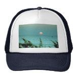 Puesta del sol hermosa: Virginia Beach, Virginia Gorros Bordados