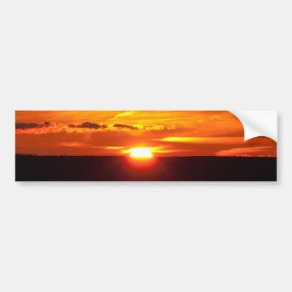 Puesta del sol intensa pegatina para auto