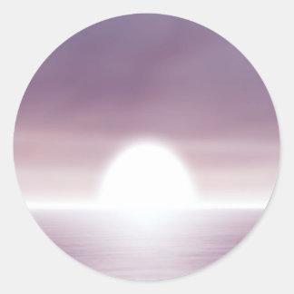 Puesta del sol irreal del cielo pegatina redonda