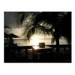 Puesta del sol jamaicana en la postal de Negril