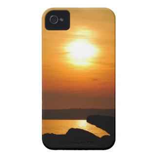 Puesta del sol llamativa funda para iPhone 4