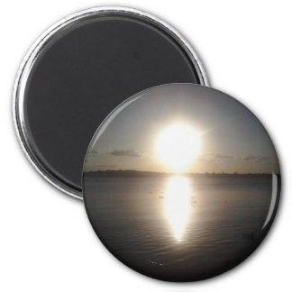 Puesta del sol magnífica imán redondo 5 cm