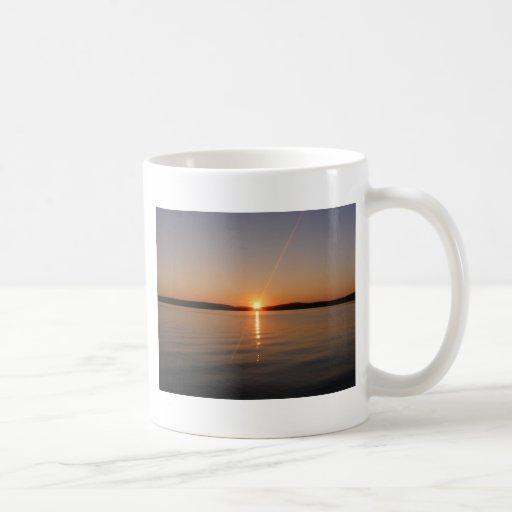Puesta del sol Maine del lago Madawaska Tazas De Café