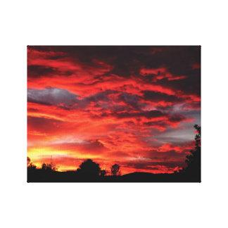 Puesta del sol maravillosamente fotografiada en lona estirada galerías