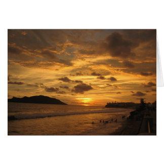 Puesta del sol mexicana de la playa tarjeta de felicitación