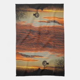 Puesta del sol occidental del molino de viento toallas de mano