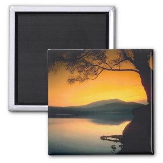 Puesta del sol pacífica del lago imán para frigorífico