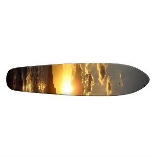 Puesta del sol tabla de patinar