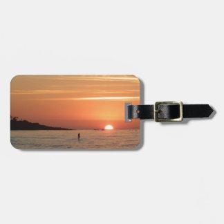 Puesta del sol perfecta etiqueta para maleta