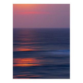 Puesta del sol pintada tarjeta postal