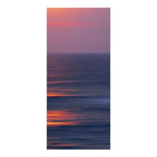 Puesta del sol pintada tarjetas publicitarias