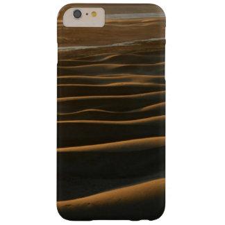 Puesta del sol, playa de Meyers, Oregon, los Funda De iPhone 6 Plus Barely There