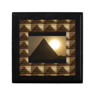 Puesta del sol por las PIRÁMIDES de Egipto: Arquit Cajas De Recuerdo