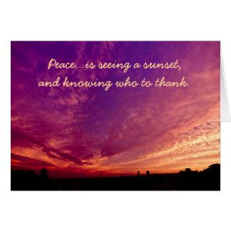 Puesta del sol púrpura anaranjada agradecida tarjeta de felicitación