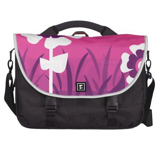 Puesta del sol púrpura rosada de la flor bolsas para portatil