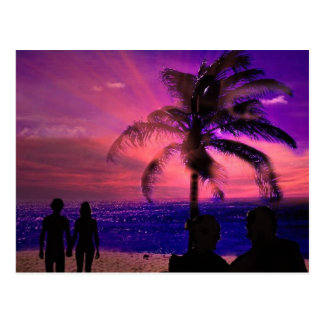 Puesta del sol romántica en una playa, postal