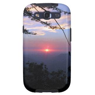 Puesta del sol rosada con los árboles y las nubes galaxy SIII cobertura