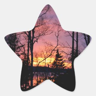 Puesta del sol rosada y anaranjada escénica pegatina en forma de estrella