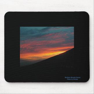 Puesta del sol septentrional de Nevada Alfombrillas De Ratones