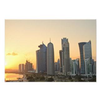 Puesta del sol sobre Doha, Qatar Fotografía