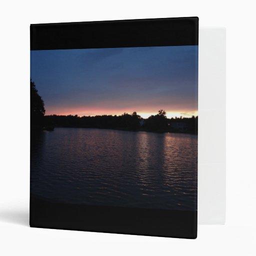 """Puesta del sol sobre el cisne del lago, Georgia Carpeta 1"""""""