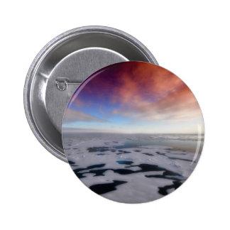 Puesta del sol sobre el Océano ártico Pins