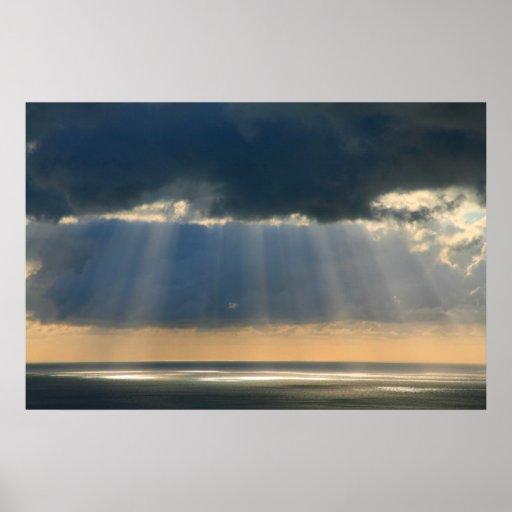 Puesta del sol sobre el océano posters