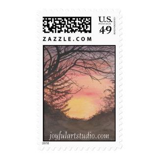 Puesta del sol sobre el sello de la granja