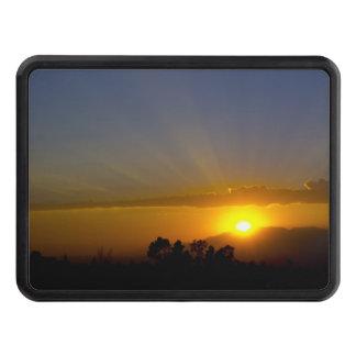 Puesta del sol sobre el valle tapas de tráiler
