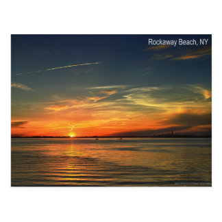 Puesta del sol sobre la bahía de Jamaica en Rockaw Tarjeta Postal