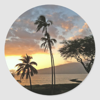 Puesta del sol sobre la bahía de Maalaea, Maui Pegatina Redonda