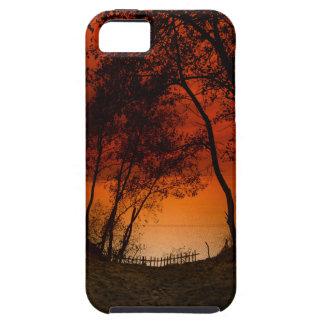 Puesta del sol sobre las dunas del lago Michigan Funda Para iPhone 5 Tough
