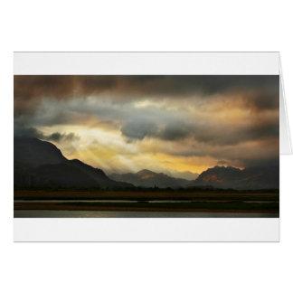 Puesta del sol sobre Snowdonia Tarjetón