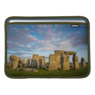 Puesta del sol sobre Stonehenge, Wiltshire, Funda Macbook Air