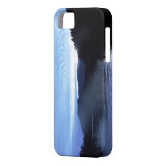 Puesta del sol solitaria en Haida azul Gwaii Funda Para iPhone 5 Barely There