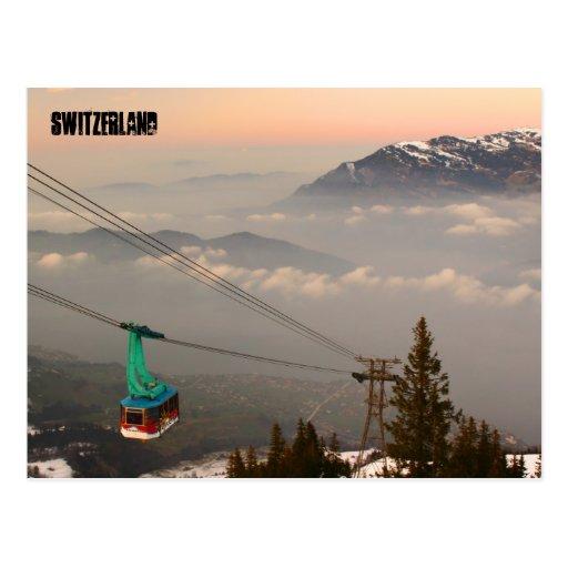 Puesta del sol suiza de la montaña de la estación tarjetas postales