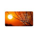 Puesta del sol suspendida etiqueta de dirección
