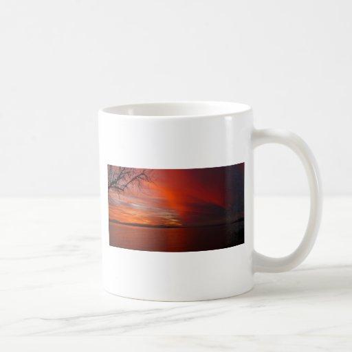 Puesta del sol taza de café