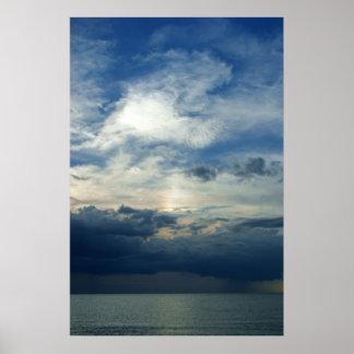 Puesta del sol tempestuosa póster