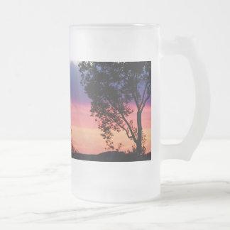 Puesta del sol temprana taza de cristal