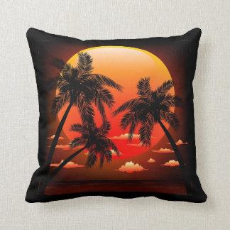 Puesta del sol tópica caliente y almohada de las p