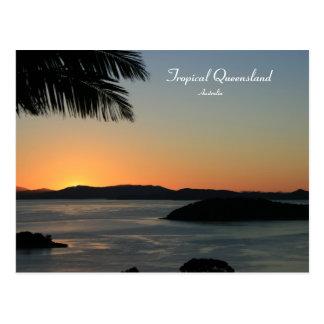 Puesta del sol tropical de la isla Queensland Au