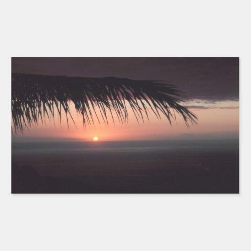 Puesta del sol tropical de la playa pegatina rectangular
