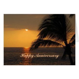 Puesta del sol tropical del aniversario feliz tarjeta de felicitación
