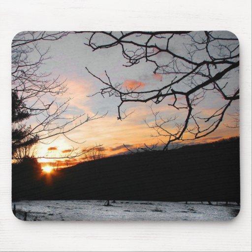 Puesta del sol y campo Nevado Mouse Pad