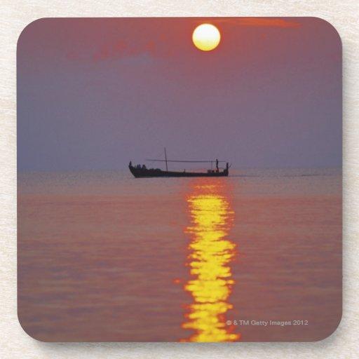 Puesta del sol y mar 2 posavaso